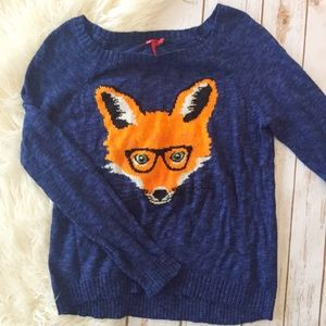 Blue sweater with fox face print